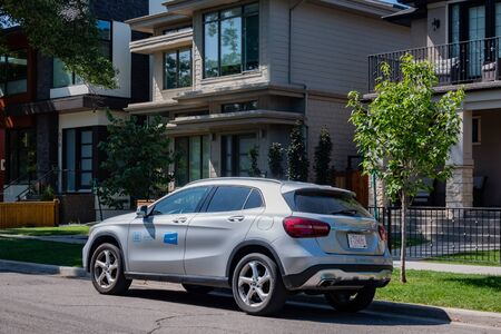 Calgary, AUG 3:  Close up shot of the Car2go Benz renting car on AUG 3, 2019 at Calgary, Canada 写真素材 - 129426403