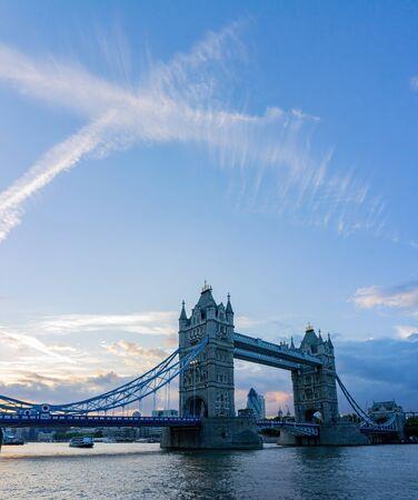 Sunset view of the tower bridge at London, United Kingdom Zdjęcie Seryjne
