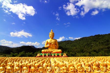 praye: Buddha in Thailand A place of public worship.