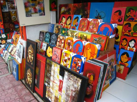 ubud: Paint Shop at Bali 2nd