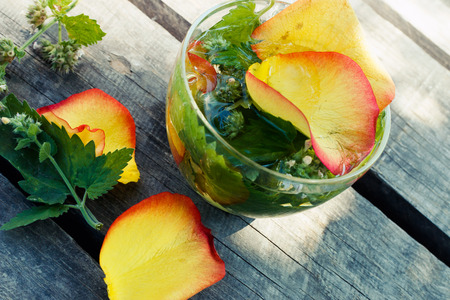 melissa: Herbal tea with melissa, mint and rose petals