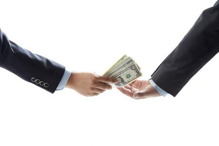 Het passeren van het geld