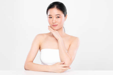 Beautiful young asian woman with clean fresh skin on white background, Face care, Facial treatment, Cosmetology, beauty and spa, Asian women portrait Foto de archivo - 155176984