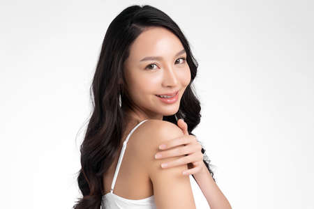 Beautiful young asian woman with clean fresh skin on white background, Face care, Facial treatment, Cosmetology, beauty and spa, Asian women portrait Foto de archivo - 155176988