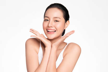 Beautiful young asian woman with clean fresh skin on white background, Face care, Facial treatment, Cosmetology, beauty and spa, Asian women portrait Foto de archivo - 155274320