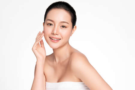 Beautiful young asian woman with clean fresh skin on white background, Face care, Facial treatment, Cosmetology, beauty and spa, Asian women portrait Foto de archivo - 155270664