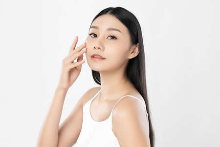 Beautiful young asian woman with clean fresh skin on white background, Face care, Facial treatment, Cosmetology, beauty and spa, Asian women portrait Foto de archivo - 155346841