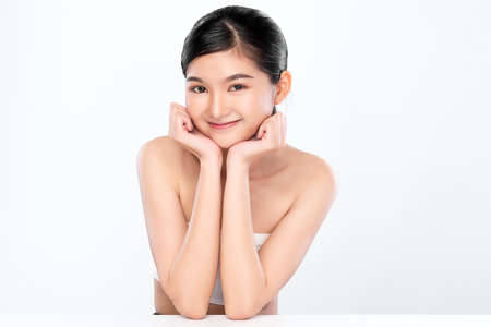 Beautiful young asian woman with clean fresh skin on white background, Face care, Facial treatment, Cosmetology, beauty and spa, Asian women portrait 免版税图像
