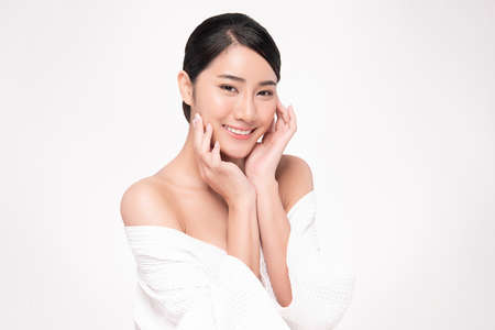 Beautiful young asian woman with clean fresh skin on white background, Face care, Facial treatment, Cosmetology, beauty and spa, Asian women portrait Foto de archivo - 155434242
