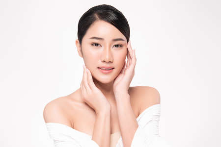 Beautiful young asian woman with clean fresh skin on white background, Face care, Facial treatment, Cosmetology, beauty and spa, Asian women portrait Foto de archivo - 155432397