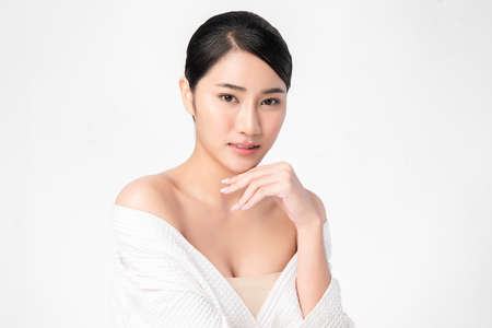 Beautiful young asian woman with clean fresh skin on white background, Face care, Facial treatment, Cosmetology, beauty and spa, Asian women portrait Foto de archivo - 155432461