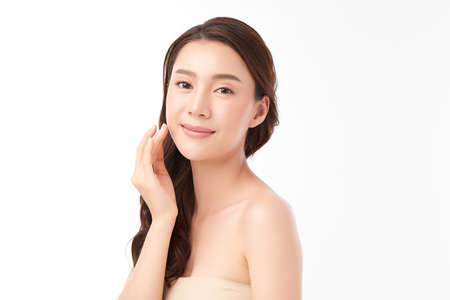 Beautiful young asian woman with clean fresh skin on white background, Face care, Facial treatment, Cosmetology, beauty and spa, Asian women portrait. Foto de archivo
