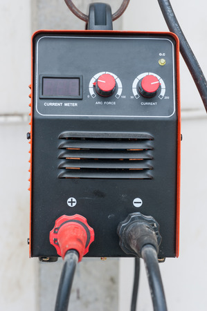 instrument cable: compact welding machine