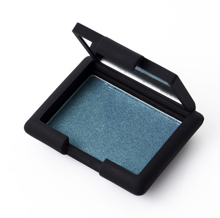 product box: Green color make up powder in container