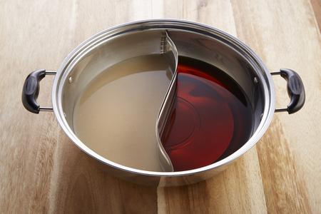 2in1 soup in shabu pot Фото со стока