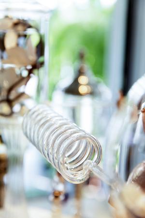 Parfüm Brennerei Glasrohr Standard-Bild