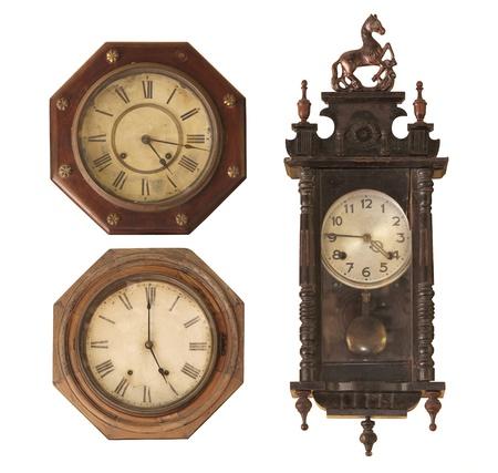 reloj antiguo: Reloj Vintage aislado en blanco.