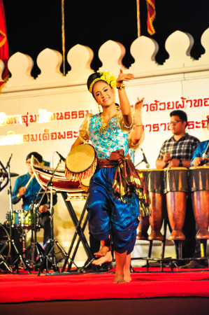 reign: Lopburi, Thailand.- February 21, 2014 : The cultural drum dance show in the event �King Narai Reign Fair 2014� take place in the Narai Ratchaniwet,on February 21, 2014 in Lopburi, Thailand.