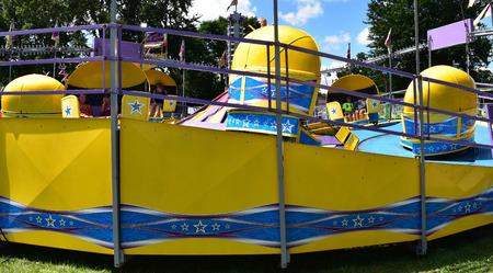 Spinning carnival ride Banco de Imagens