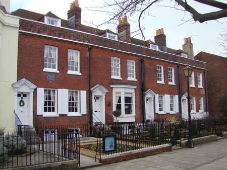 dickens: Charles Dickens Birthplace