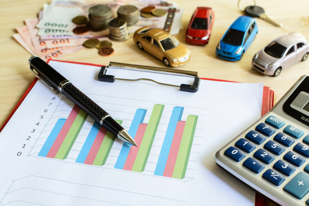 comparing: Criteria in comparing and choosing a car Stock Photo