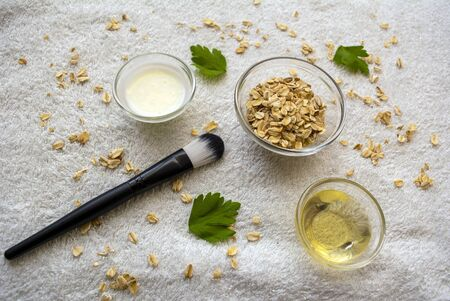 Diy oatmeal with honey, yoghurt  and apple mask for skin acnee and hydration