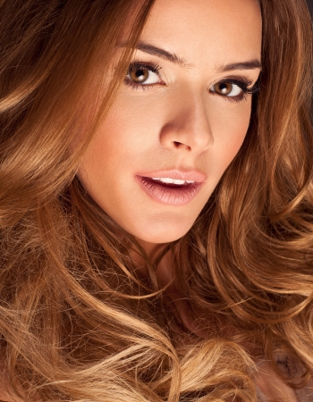 hair salon background: Beauty portrait of young woman with beautiful hair and eyes