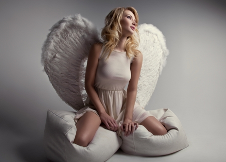 angel girl: Beautiful blonde angel