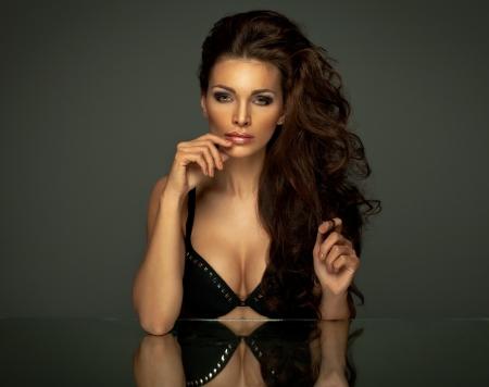 sexy mouth: Portrait of beautiful brunette woman