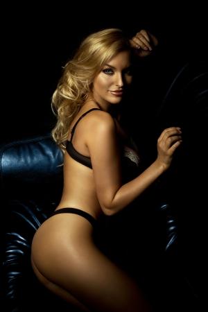 Seksi çekici kadın