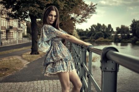 мода: Мода брюнетка Фото со стока