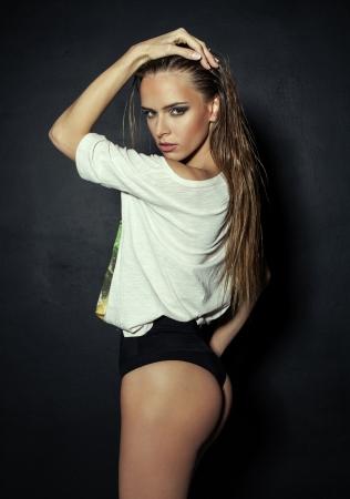 Young fashion girl Stock Photo - 24142880