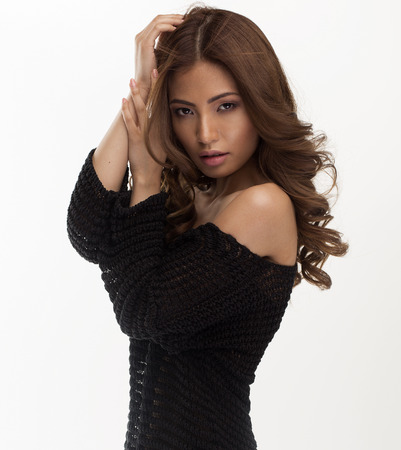 sexy asian woman: Fashion portrait of sensual woman
