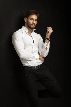 Uomo handsome