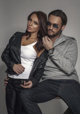 parejas sensuales: Moda pareja Foto de archivo