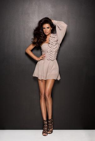 moda ropa: Mujer con ropa de moda sexy