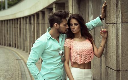 parejas sensuales: Pares de la manera Foto de archivo