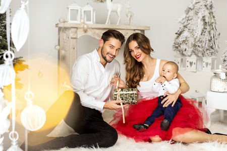 Familly Stock Photos & Pictures. Royalty Free Familly Images And ...