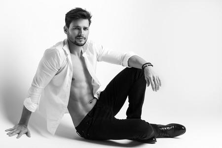 desnudo masculino: Moda modelo  Foto de archivo