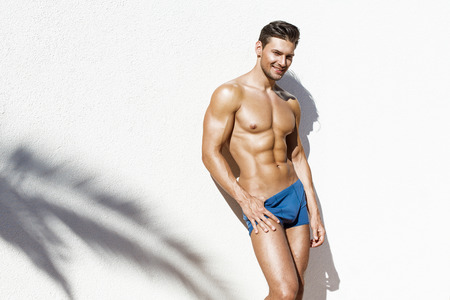 naked abs: Handsome atletic man
