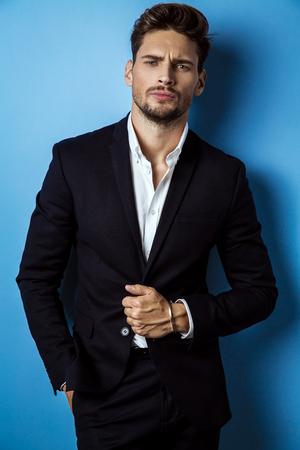 ハンサムな男服黒スーツ 写真素材