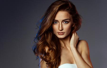 Schoonheid portret van vrouwelijk gezicht Stockfoto