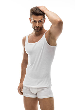 Sexy männliches Modell in Unterwäsche Standard-Bild - 84918846