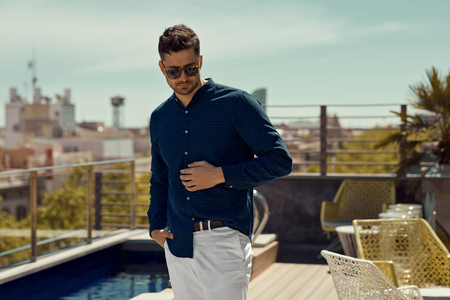 Portrait of handsome man wear summer outfit Stockfoto