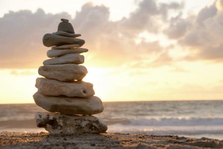 Solde - Un tour de pierres empilées
