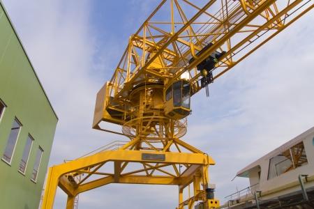 loads: Crane - The cab of a large crane
