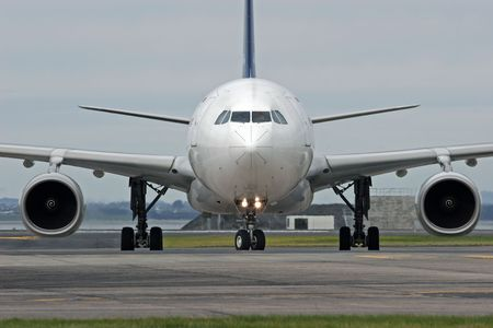 Image of an Airbus A330 at Auckland International Airport Stock fotó