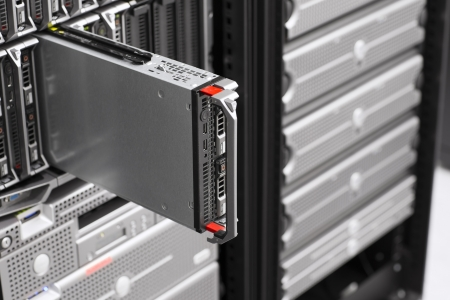 server side: Install or removes a blade server in a data center
