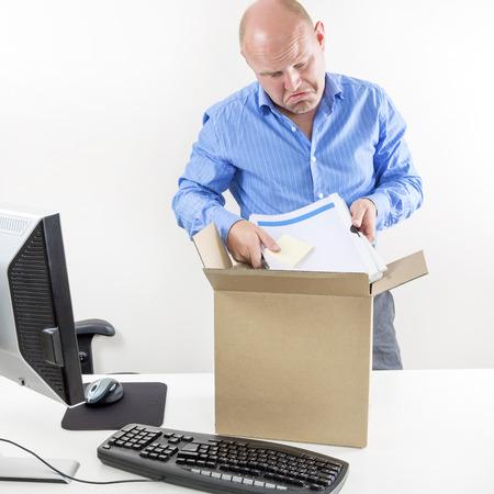 jornada de trabajo: Hombre de negocios triste despedida Foto de archivo