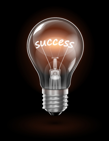 Transparent glowing light bulb on a dark background with the word Success instead of a tungsten filament. Vetores